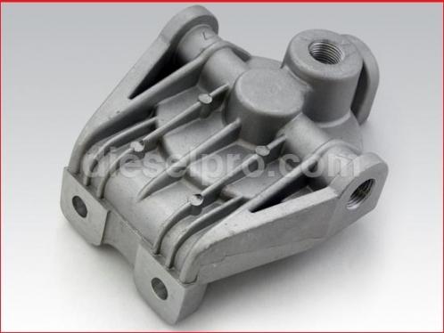 Primary fuel filter base for Detroit Diesel engine