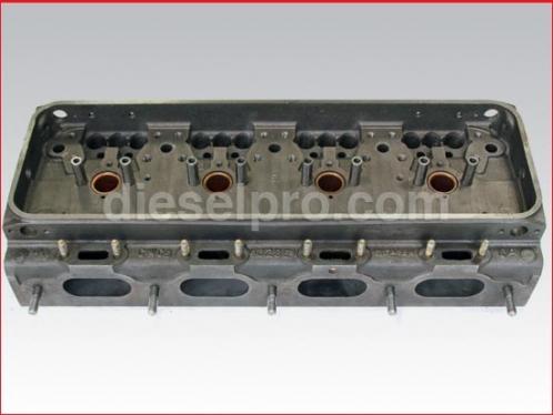 Cabeza or culata de motor Detroit Diesel 4-71. Reconstruida sin valvulas. Motor tipo viejo de 2 valvulas